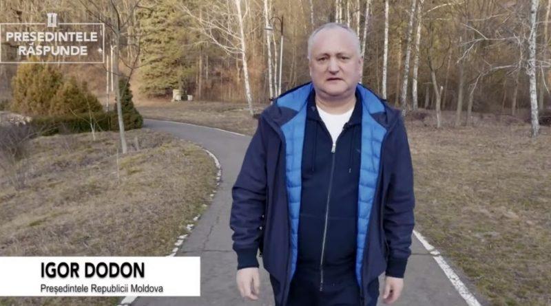 Igor Dodon și-a filmat vlogul îmbrăcat în haine de lux