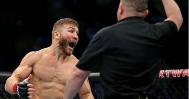 Foto Молдавский боец UFC Ион Куцелаба досрочно проиграл поединок на турнире UFC Fight Night 169 4 29.07.2021
