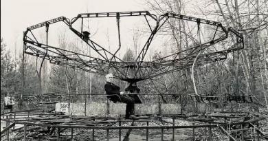 Лидер Rammstein съездил в Чернобыль и покатался на карусели 2 15.05.2021