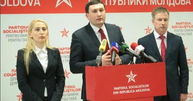 Депутат от Партии социалистов Владимир Односталко считает, что коронавирус «создавался, чтобы убирать неугодных» 2 07.03.2021
