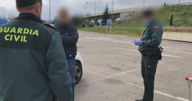 Foto В Испании местному жителю грозит штраф до 60 000 евро за посещение супермаркета после сдачи теста на коронавирус 4 18.09.2021