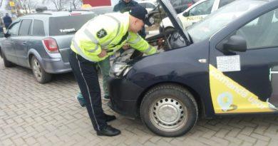 /FOTO/ Taximetriștii din Bălți verificați de către angajații Inspectoratului de Poliție