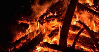 Casa unei femei din raionul Soroca a luat foc de la o sobă