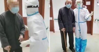 Столетний житель Китая вылечился от нового коронавируса и был в субботу выписан из больницы 3 07.03.2021