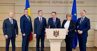 Foto Депутатов-перебежчиков из группы Pro Moldova исключили из парламентских комиссий 4 21.06.2021