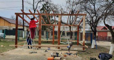 Несмотря на карантин, в одном из детских садов Бэлць проводятся общественные работы 4 18.05.2021