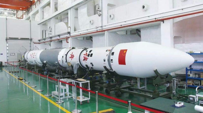 """Китай во второй половине апреля запустит спутник """"Ухань"""" в честь победы над коронавирусом 1 12.05.2021"""