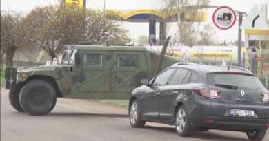/VIDEO/ Imagini video de la intervenția militarilor și polițiștilor în Glodeni 2 17.04.2021