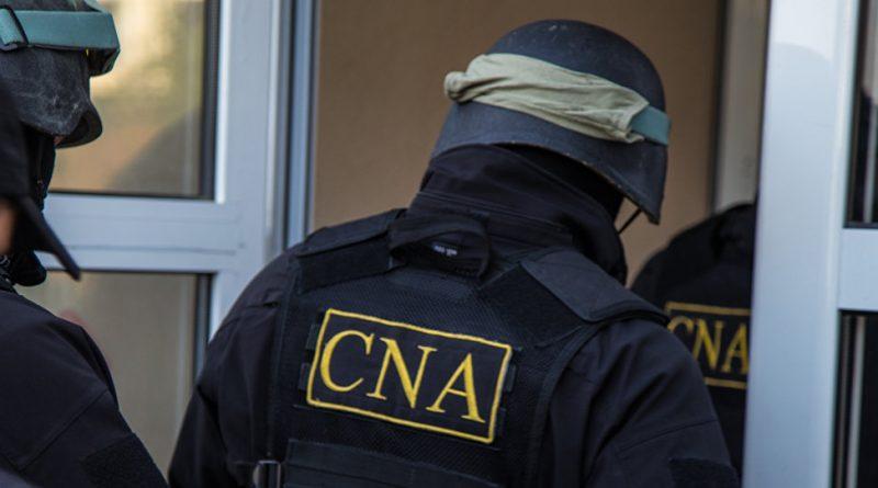 Șeful Biroului Migrație și Azil Bălți reținut de CNA pentru mită