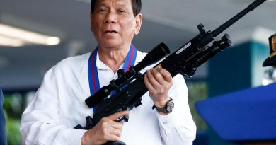 Foto Президент Филиппин Родриго Дутерте приказал полиции стрелять на поражение по нарушителям карантина 3 21.06.2021