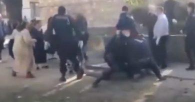Foto Bătaie în carantină la Soroca. Romii s-au luat la harță între ei, dar și cu oamenii legii 1 24.07.2021