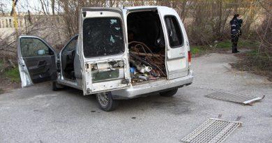 Trei persoane din raioanele Soroca și Sângerei au fost reținute pentru furt de metal în valoare de peste cinci mii de lei