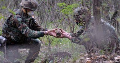/VIDEO/ Geniștii au neutralizat 20 de muniții în raionul Ialoveni