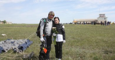 "Maia Sandu a sărit cu parașuta: ""E tare frumos plaiul nostru"" 1 12.04.2021"