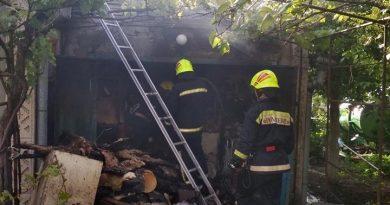 """Foto Бельцкие пожарные ликвидировали пожар в дачном поселке """"Izvoraș"""" муниципия Бэлць 26 21.06.2021"""