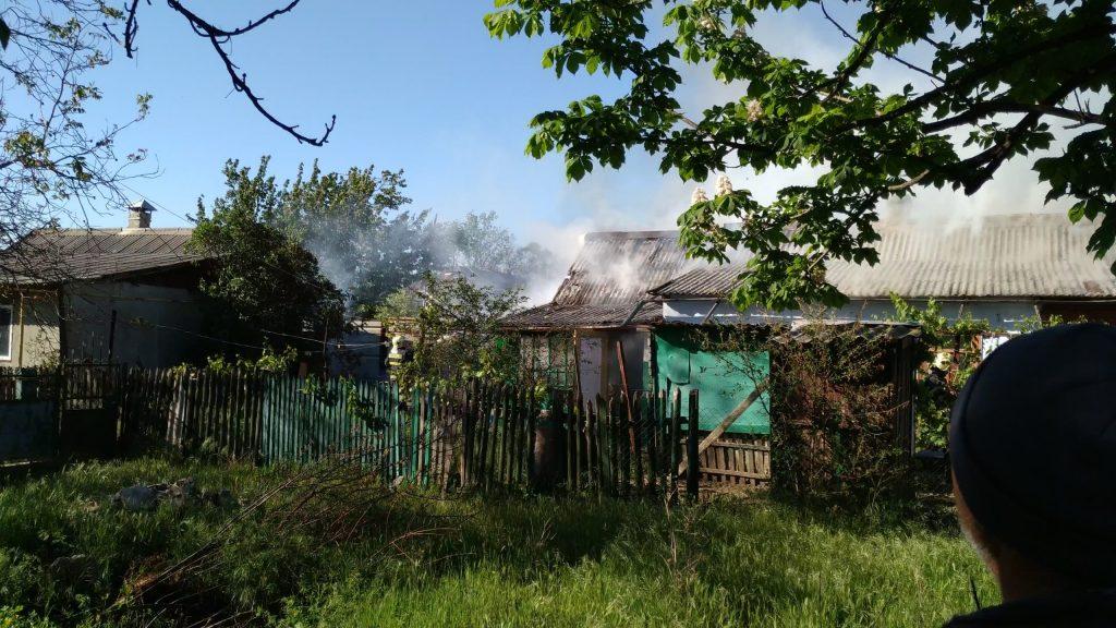Foto Семья из Басарабяски потеряла в пожаре собственный дом из-за горевшего во дворе костра 2 25.07.2021