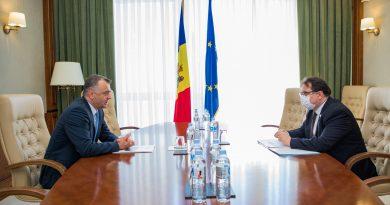 Foto Премьер-министр Ион Кику встретился с главой представительства Европейского союза в Республике Молдова послом Петером Михалко 4 14.06.2021