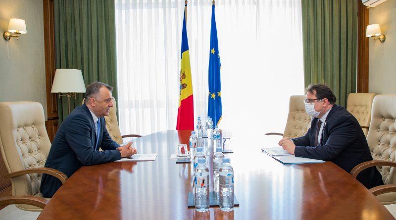Foto Премьер-министр Ион Кику встретился с главой представительства Европейского союза в Республике Молдова послом Петером Михалко 1 23.06.2021