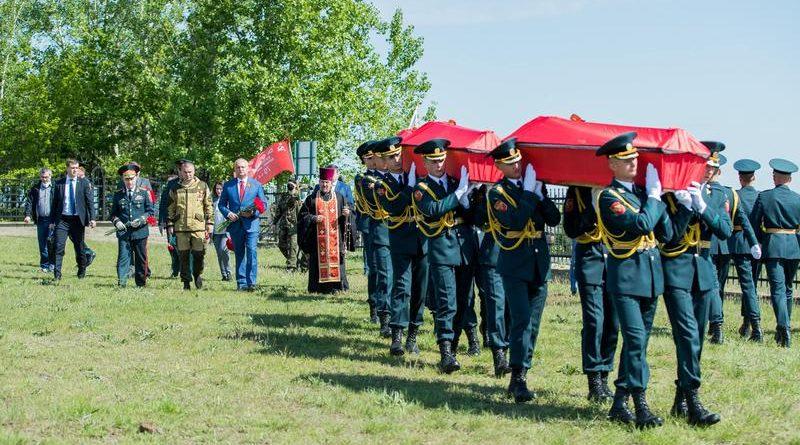 Foto Президент Молдовы принял участие в церемонии захоронения останков 45 воинов Красной армии на Шерпенском плацдарм 1 25.07.2021