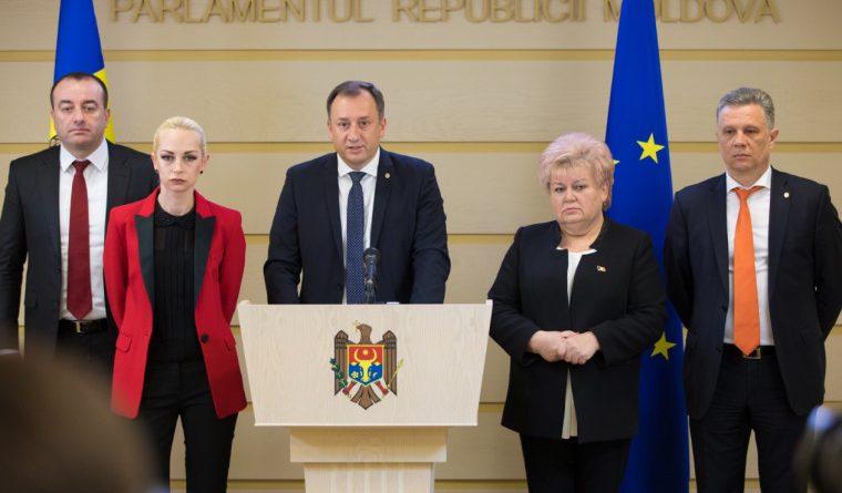 """Foto Партия """"Шор"""" присоединяется к антиправительственному блоку, созданного в пятницу утром лидером группы Pro Moldova Андрианом Канду 1 29.07.2021"""