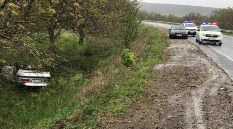 Un BMW s-a răsturnat la Drochia