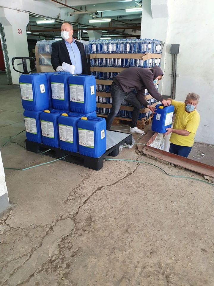 Foto /FOTO/ Cinci spitale din nordul Moldovei au primit deja ajutoare umanitare din partea României 1 16.06.2021