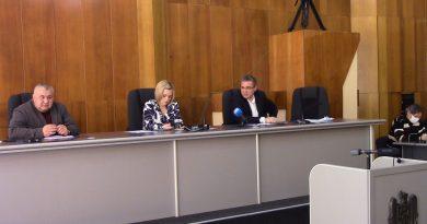 Foto 18 мая муниципальная комиссия устанавливала нормы максимального количества покупателей, одновременно находящихся в торговом объекте в зависимости от торговой площади 3 21.06.2021