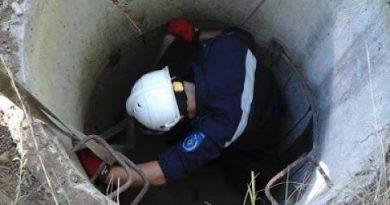 O femeie din raionul Sângerei a fost salvată de pompieri după ce a căzut într-o fântână de zece metri