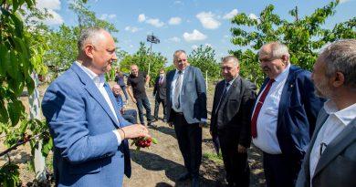 Foto Игорь Додон отправился с рабочей поездкой в районы Штефан-Водэ и Каушаны 3 14.06.2021