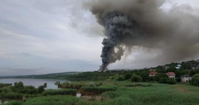Foto В пригороде Кишинева загорелся склад с алкогольной продукцией 4 16.06.2021