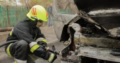 /VIDEO/ Tot mai multe automobile sunt cuprinse de flăcări în orașul Bălți