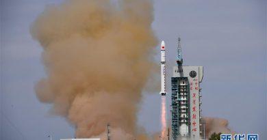 Китай успешно запустил два спутника 4 11.05.2021