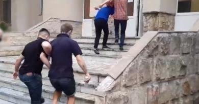 Tineri reținuți pentru furt de biciclete în Chișinău