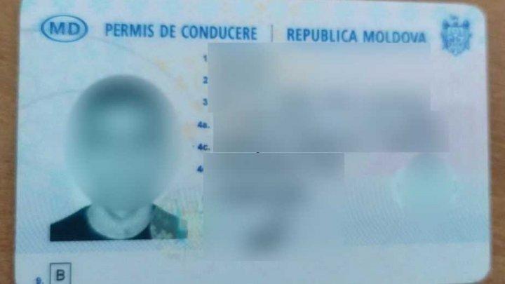Un locuitor din raionul Glodeni a fost depistat la frontiră cu un permis fals de conducere