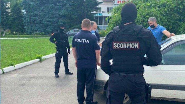 /VIDEO/ Polițist din Soroca reținut pentru mită