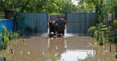 Zeci de locuitori din Criva, Drepcăuți și Lipcani, evacuați din cauza riscului sporit de inundații 1 14.04.2021