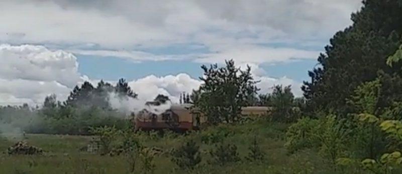 Trenul cu pasageri de pe ruta Bălți – Ocnița a luat foc din mers