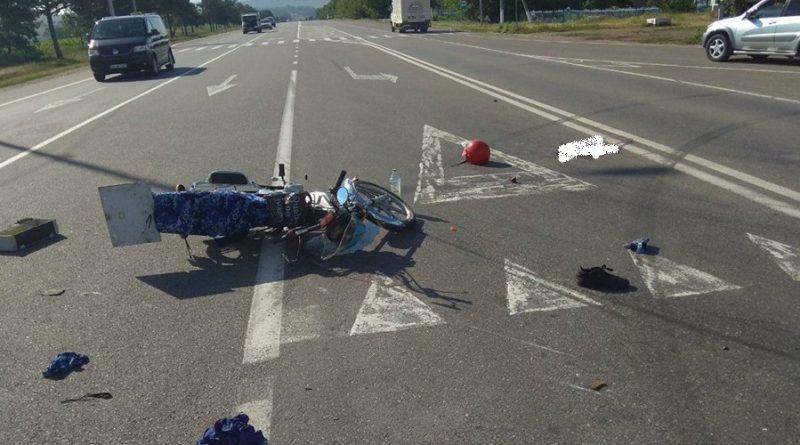 /FOTO/ Accident matinal într-o localitate din raionul Sângerei. O persoană a ajuns la spital