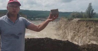 /VIDEO/ Noi descoperiri arheologice în satul Cobani din raionul Glodeni