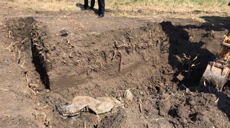 O femeie din raionul Sângerei dată dispărută acum șase luni, găsită ucisă și îngropată chiar de soțul ei