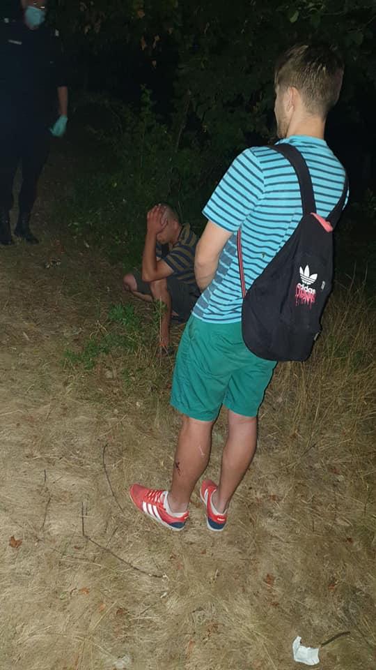 Foto /FOTO/ Doi bărbați au fost rețunuți în timp ce încercau să consume droguri pe o stradă din Bălți 1 23.06.2021