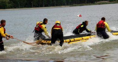 /VIDEO/ Un bărbat a fost salvat după ce a stat 6 ore în apele lacului Stânca-Costești din raionul Râșcani