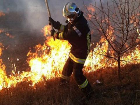 Atenție! Un nou Cod Galben de pericol excepțional de incendiu pe întreg teritoriul țării