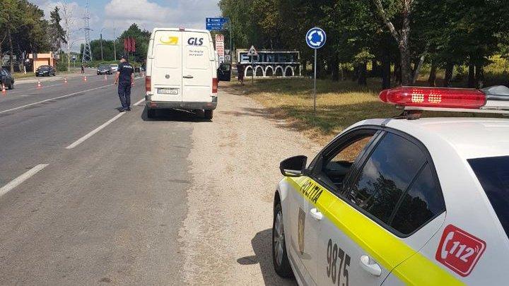 Șoferi trași pe dreapta în raioanele Râșcani, Edineț și Briceni. Vezi pentru ce au fost sancționați