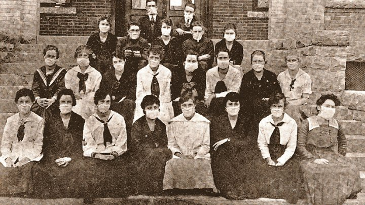 Foto Vezi cum s-a făcut școală în 1918, în timpul pandemiei de gripă spaniolă 1 16.06.2021