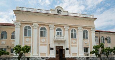 O funcționară publică din raionul Fălești riscă să fie demisă după ce și-a angajat fiul ca manager la o subdiviziune pe care o conduce