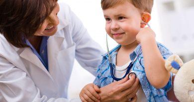 Controlul medical este obligatoriu pentru copii admiși în grădinițe și școli