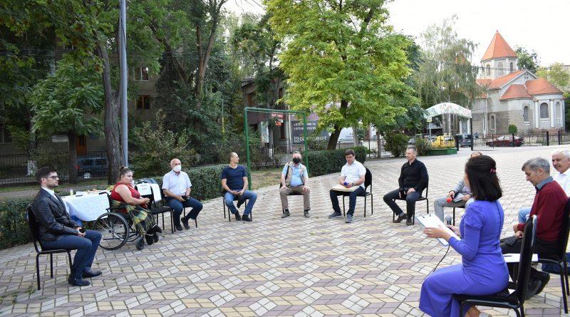 Foto В Бэлць независимые журналисты и общественные активисты подняли острые вопросы, связанные с незаконным строительством 1 01.08.2021