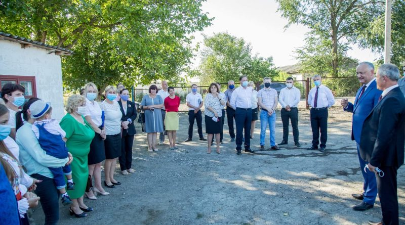 Foto Негласная предвыборная кампания в самом разгаре: президент Игорь Додон возобновил визиты в территории 1 24.07.2021