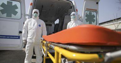 Guvernul a votat anularea indemnizațiilor de 16 000 lei pentru angajații sistemului medical infectați cu COVID-19